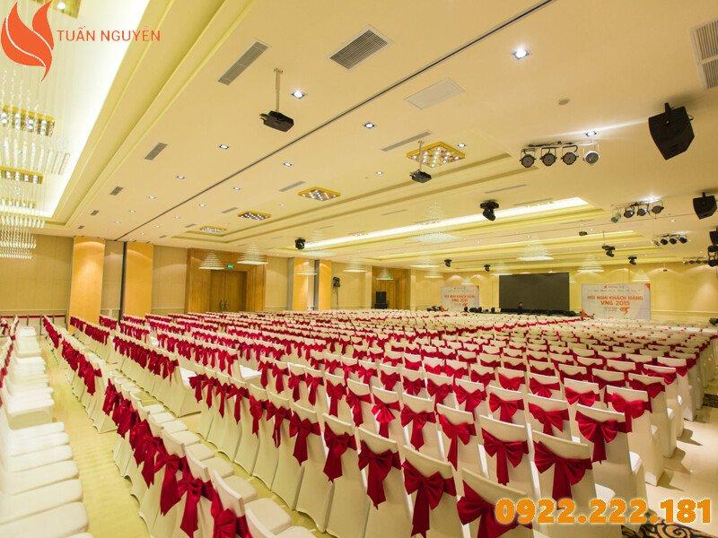 Cho thuê bàn ghế hội nghị giá rẻ, chất lượng tại TPHCM