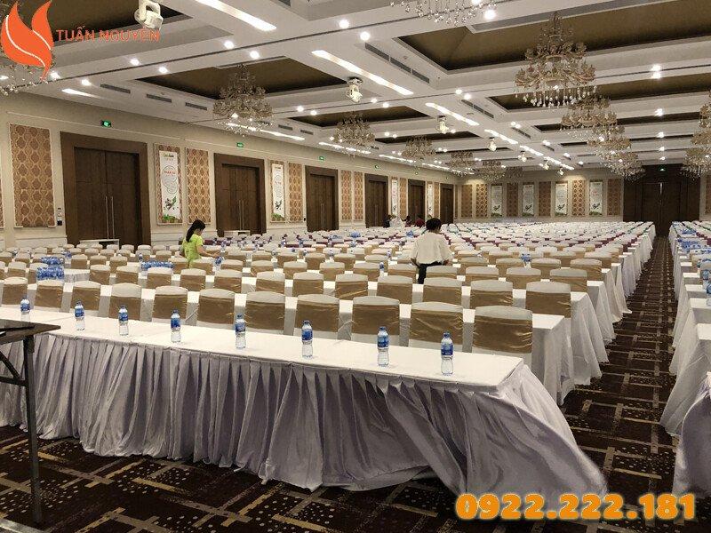Chuyên cho thuê bàn ghế tổ chức sự kiện, chương trình tại TP.HCM