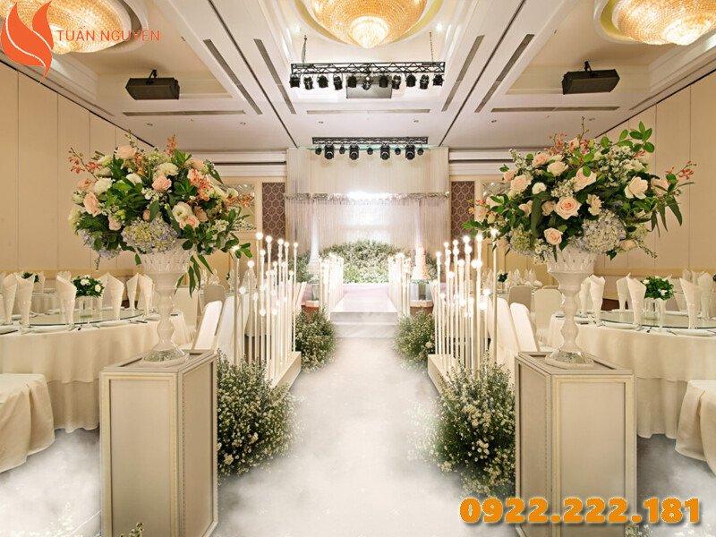 Cho thuê bàn ghế đám cưới tại TPHCM - Tuấn Nguyễn
