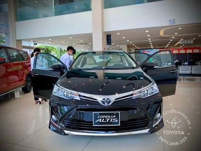 Toyota Corolla Altis 1.8E (CVT) - Phiên bản tiêu chuẩn