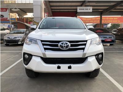 Toyota Fortuner 2.4G MT