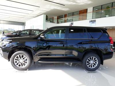 Toyota Land Cruiser Prado 2022 VX Nâng Cấp