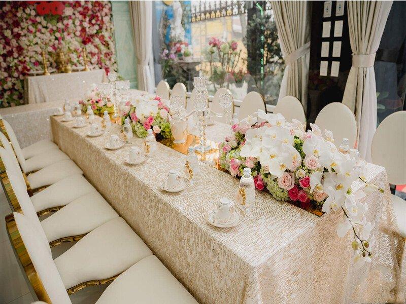Dịch vụ trang trí tiệc cưới – trang trí bàn thờ gia tiên giá rẻ tại Quận 1, TP.HCM
