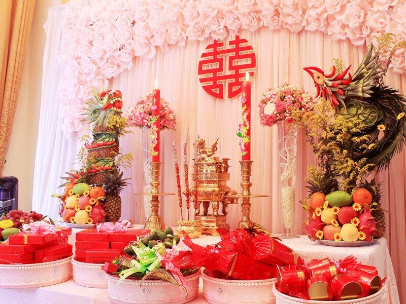 Dịch vụ trang trí tiệc cưới - Trang trí bàn thờ gia tiên giá rẻ tại Quận 7, TP.HCM