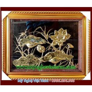 Tranh đồng hoa sen gò nổi phù điêu, tranh phong thủy cao cấp