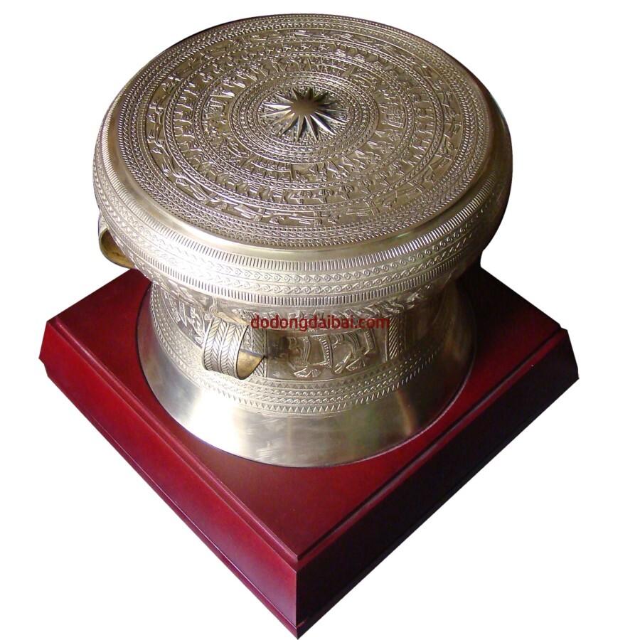 Trống đồng quà tặng ĐK 30cm bán tại đồ đồng Đại Bái