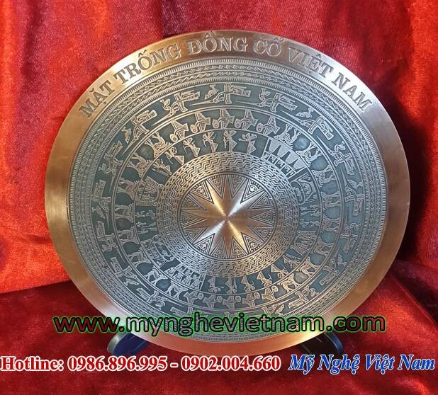 Đĩa quà tặng mặt trống đồng đúc đồng đỏ đk 18cm, đĩa lưu niệm sự kiện hội nghị, quà tặng đối tác nước ngoài, quà tặng văn hóa việt nam. có hộp đựng quà tặng sang trọng