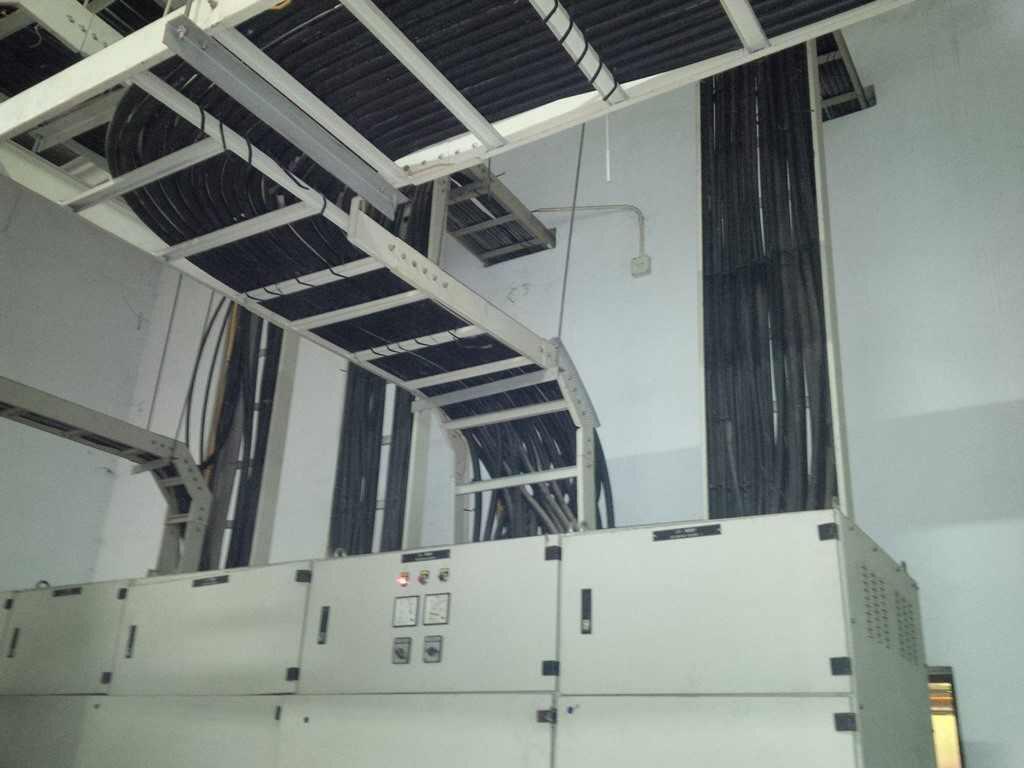 thang cáp điện dân dụng công nghiệp giá rẻ