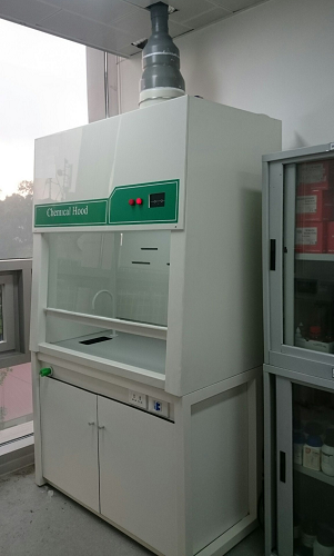 Tủ Hút Khí Độc PVC 1.2 Mét Chịu Axit,Bazơ và Dung Môi Hữu Cơ