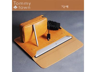 Túi da Tommy cho Macbook