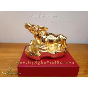 Tượng Trâu đồng mạ vàng để bàn làm việc dài 10cm