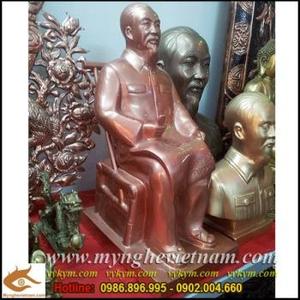 Tượng bán thân Bác,tượng Bác ngồi đọc báo đồng đỏ