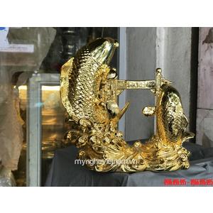 Tượng cá chép vượt vũ môn mạ vàng để bàn làm việc 22cm