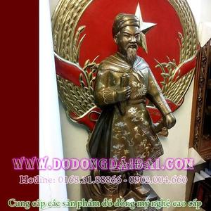 Tượng đồng Trần Hưng Đạo khảm bạc tam khí 70cm