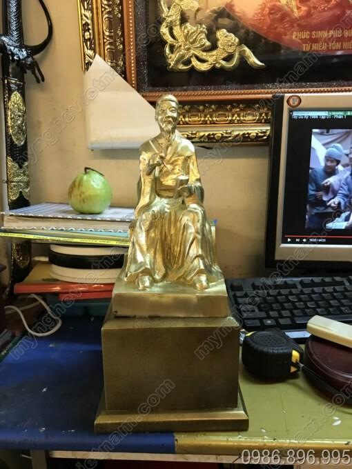 Tượng Nguyễn Bình Khiêm bằng đồng cao 25cm
