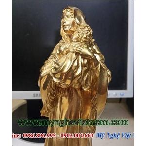 Tượng đức mẹ Maria bế con đúc từ đồng vàng nguyên chất