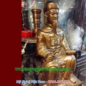 Tượng Đức Thánh Trần ngồi cao 50cm