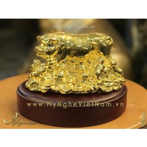 Tượng heo đồng và đàn con mạ vàng dài 12cm