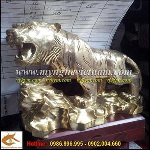 Tượng Hổ đồng,thế đứng săn mồi,tượng đồng đẹp,quà tặng cho người tuổi Dần