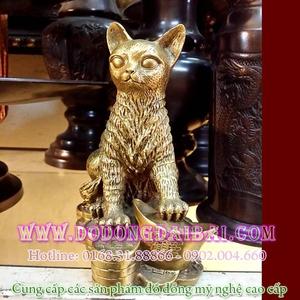 Tượng mèo đồng cao 20cm ngồi trên tiền vàng