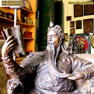 Tượng Quan Công ngồi đọc sách, đúc đồng giả cổ cao 35cm