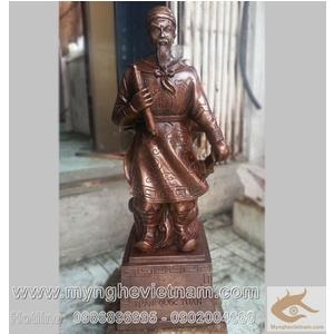 Tượng Trần Hưng Đạo đồng mắt cua, cao 50cm