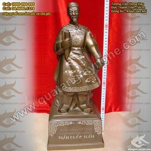 Tượng Trần Hưng Đạo khảm bạc cao 50cm