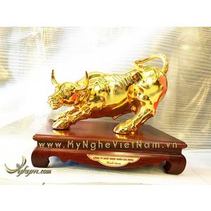 Tượng trâu đồng phố Wall dài 30cm đúc đồng mạ vàng cao cấp