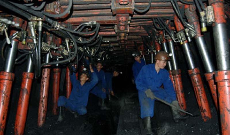 ứng dụng của Kích thủy lực trong sản xuất công nghiệp
