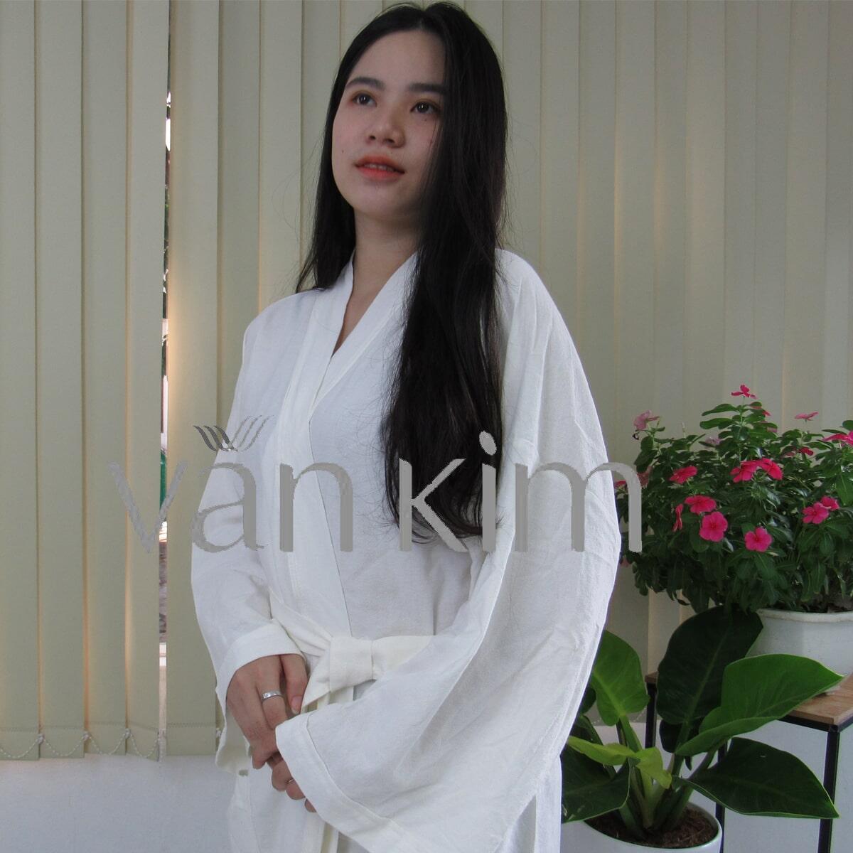 Áo Choàng Tắm Spa Tắm Kiểu Yukata Size L Trắng Kem