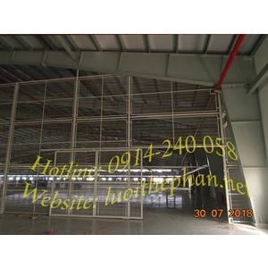 Vách lưới thép ngăn xưởng