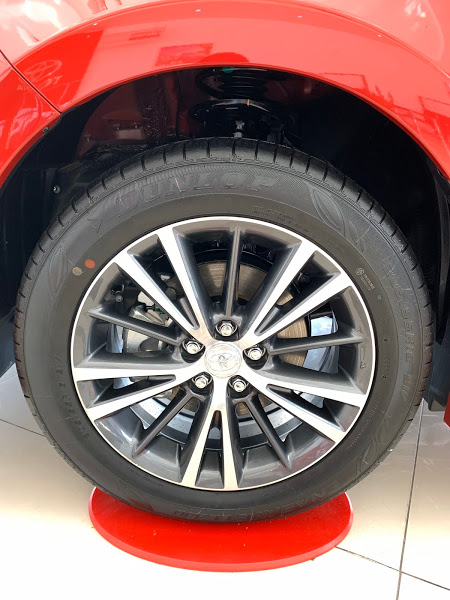 Vành bánh xe Altis 1.8E 2021