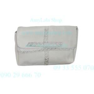 Ví clutch Shiseido trắng viền hoa ghi siêu xinh, sang trọng - 0902966670 - 0933555070