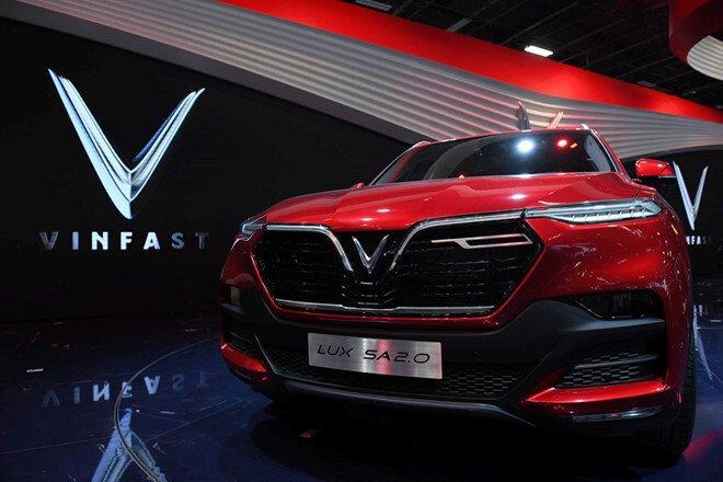 SUV LUX SA2.0 của VinFast lọt top 8 xe hơi mới ra mắt đáng chú ý tại Paris Motor Show.