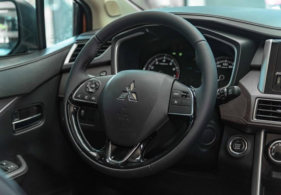 Vô lăng xe Xpander 1.5 Cross