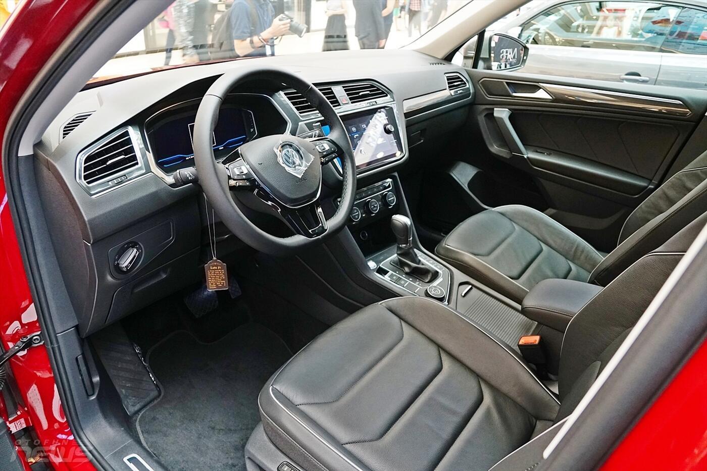 Volkswagen Tiguan Allspace 2.0L - Hình 18