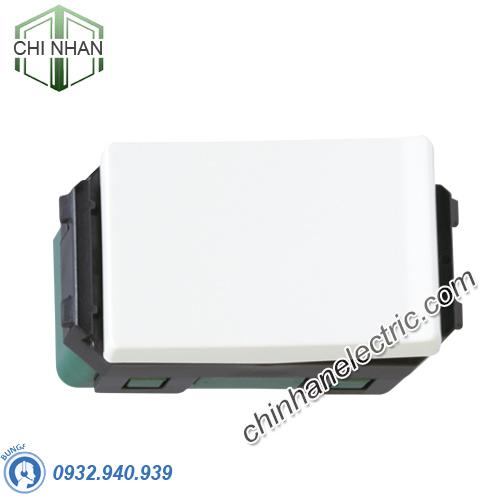 Hạt công tắc đơn 1 chiều size S - WEVH5531 - HALUMIE/PANASONIC