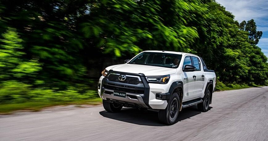 Toyota Hilux có doanh số đứng vị trí thứ 2  trong phân khúc xe bán tải tháng 5/2021