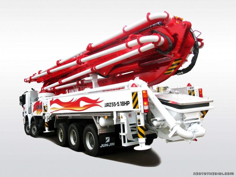 Xe bơm bê tông cần Junjin 55 mét