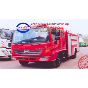 Xe cứu hỏa chữa cháy hino FC chứa 4000 lít nước và 600 lít bọt foam