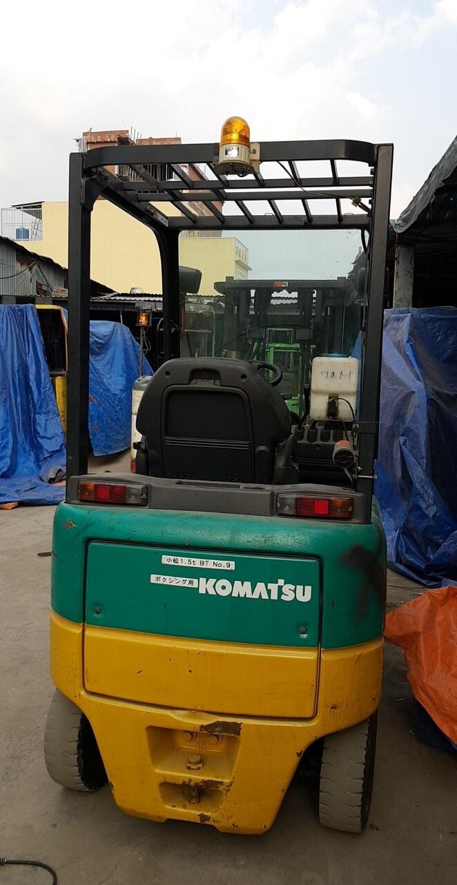 Xe nâng điện cũ Komatsu ngồi lái 1.5 tấn chất lượng mới 85%