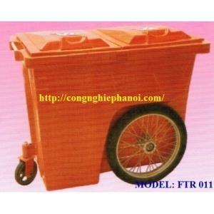 Xe gom rác 660L Composite 3 bánh xe