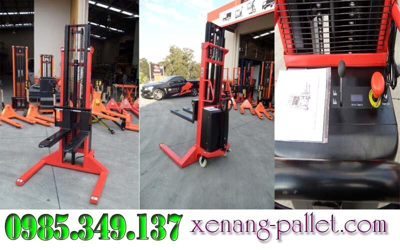 Xe nâng bán tự động chân rộng 1,5 tấn cao 3m, 3.3m, 3.5m