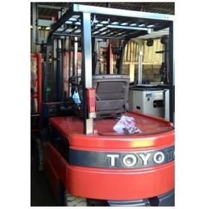 Xe nâng điện 2T-5M ngồi lái Toyota - Nhật