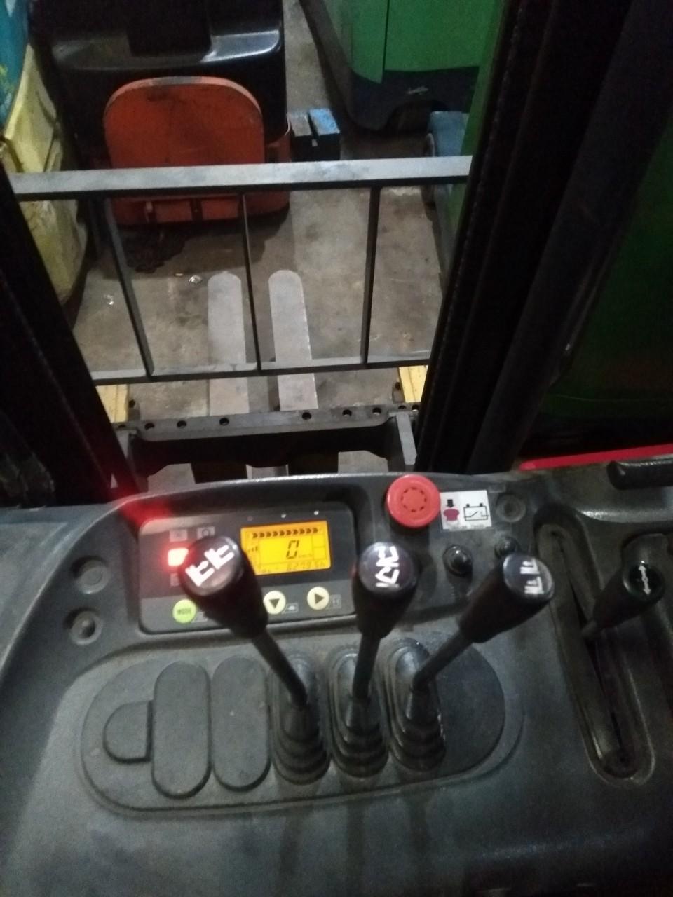 bộ chia xe nâng điện komatsu, cần điều khiển xe nâng komatsy,màng hình xe nâng komatsu,