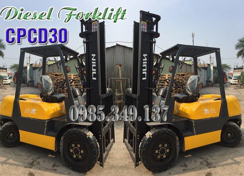 Xe nâng dầu diesel 3 tấn Model CPCD30 Xả hàng