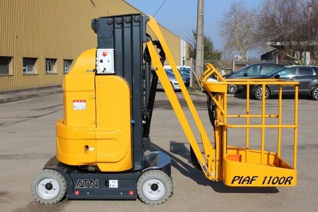 Xe nâng người PIAF1100R
