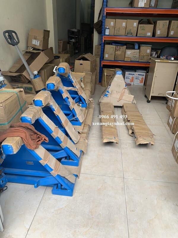 xe-nang-tay-bishamon-2500kg-nhat-ban
