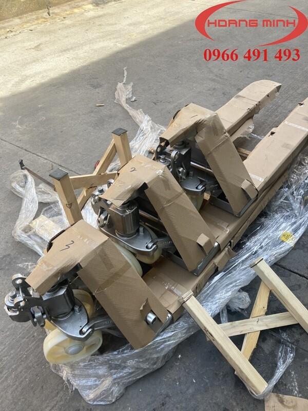 Xe nâng tay inox giá tốt tại HCM