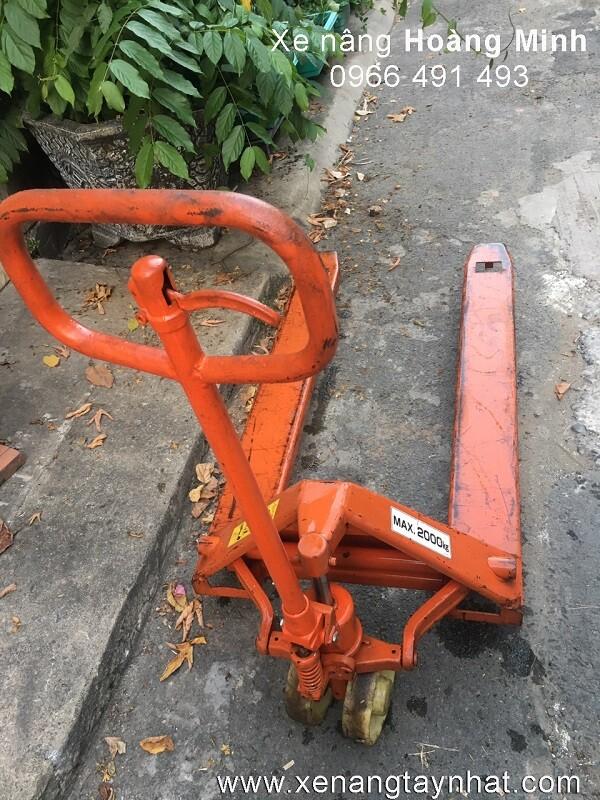 Xe nâng tay cũ giá rẻ